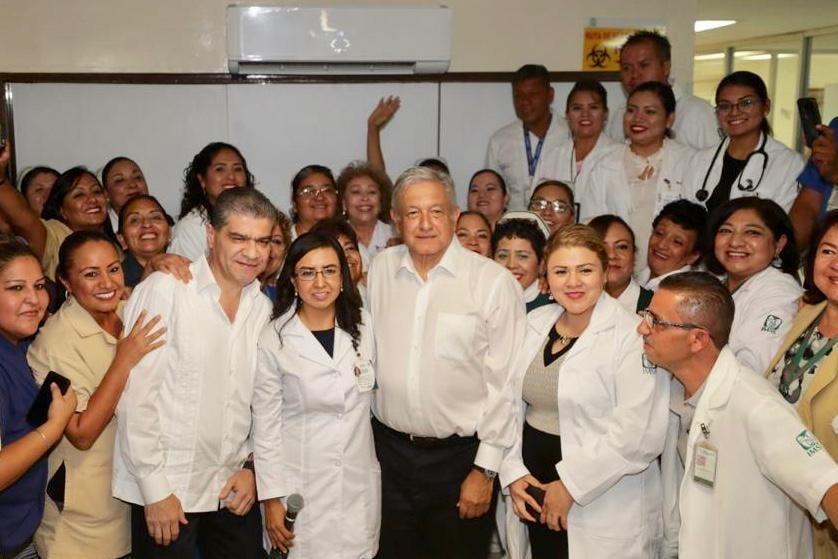 Photo of AMLO, encabeza dialogo con la comunidad en Hospital del IMSS en Matamoros Coahuila